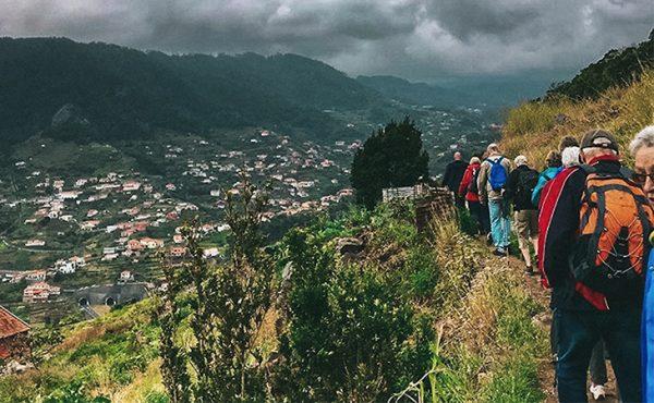 Madeira maroços walk view