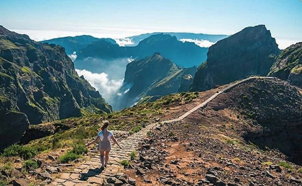 Madeira pico do arieiro walk view